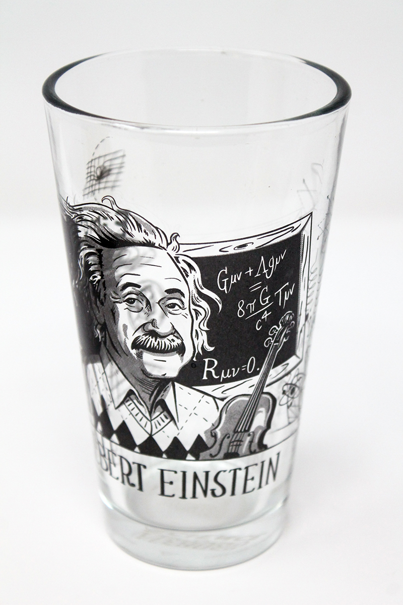 Albert Einstein 2 Pint (SKU 104874267)